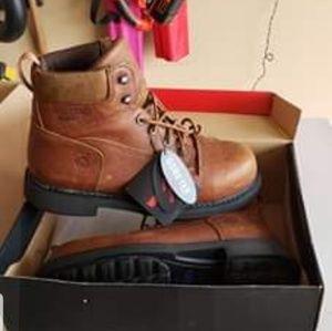 Men's size 12 mw Composite toe boots